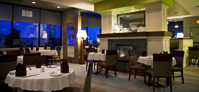 interior shot of minnoz