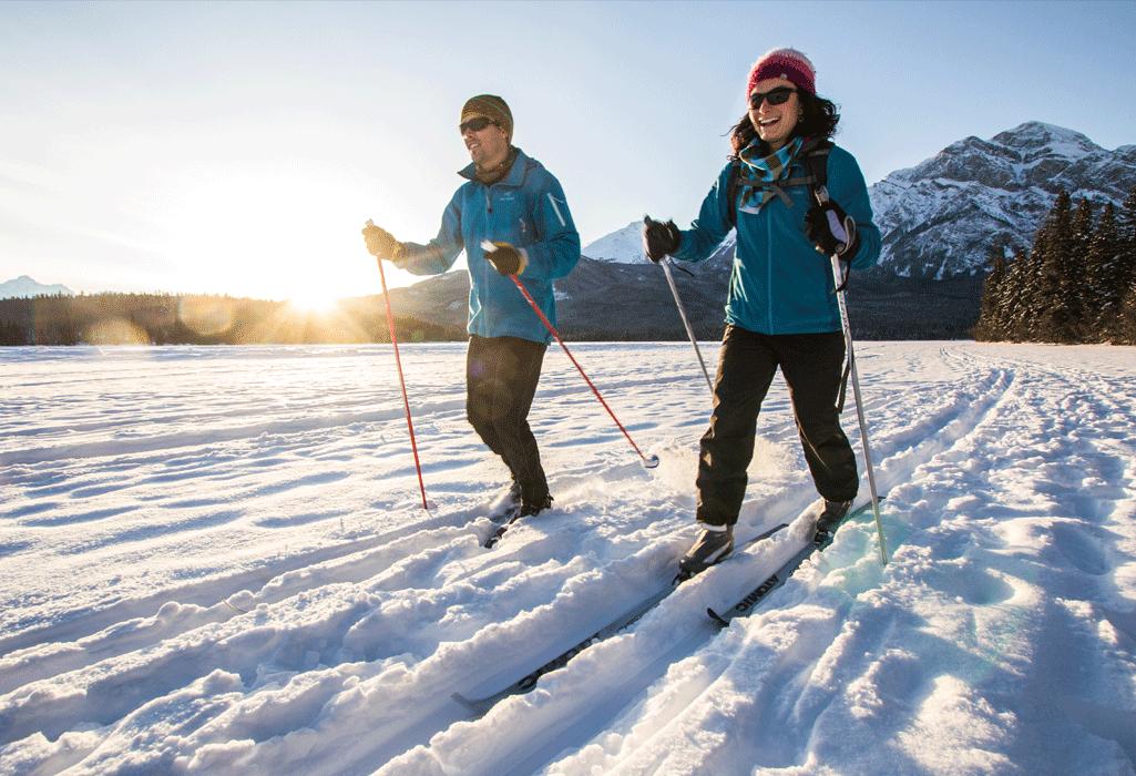 cross country skiers in alberta
